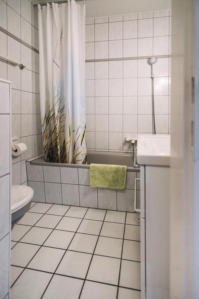 Ferienhaus Möwe Jonathan - Appartement Badezimmer